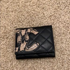 Chanel wallet: NEW